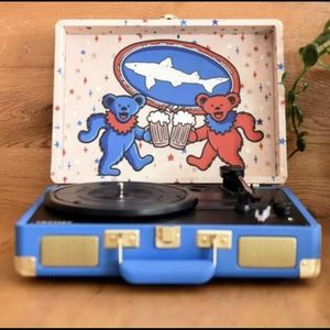 "NEW ""American Beauty"" Grateful Dead Turntable"